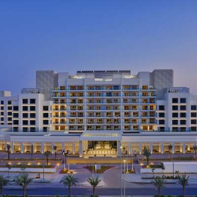 Hilton Abu Dhabi Yas Island - Exterior Front