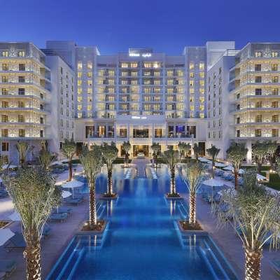 Hilton Abu Dhabi Yas Island - Pool Facade