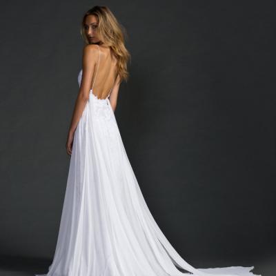4616eb25e183f اكتشفي انواع فساتين العروس التي تناسب نوع الجسم
