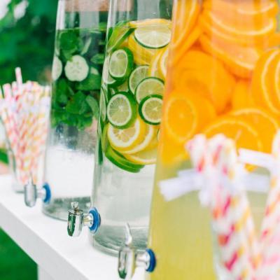مشروبات وعصير الافراح