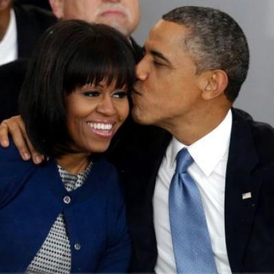 فيلم يجسد قصة حب الرئيس أوباما وزوجته ميشيل
