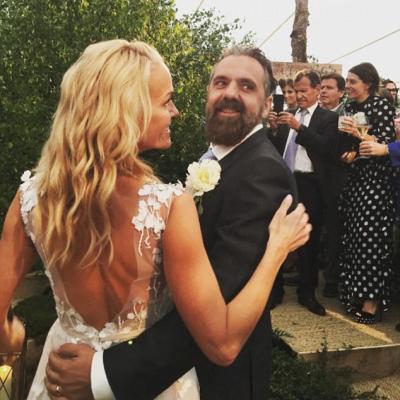 Inside The Luxury Wedding of Billionaire Heiress Elisabeth Murdoch