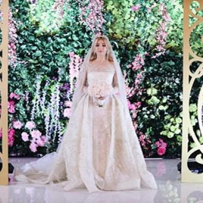 Bride Wears A Wedding Dress Worth 455 Thousand Dollars