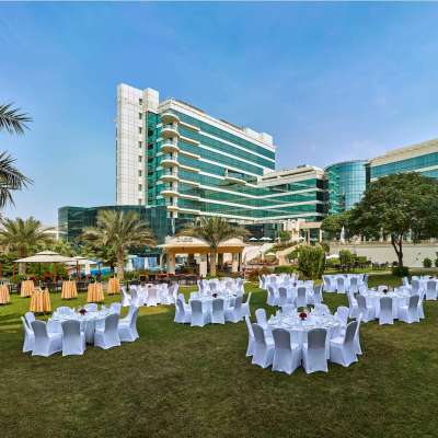 Millennium Airport Hotel Dubai - outdoor wedding