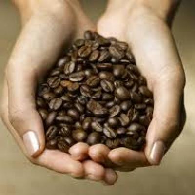 اصنعيه بنفسك: قناع القهوة لبشرة أجمل