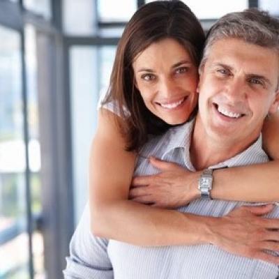 فرق العمر بين العروسين: ما عليك معرفته
