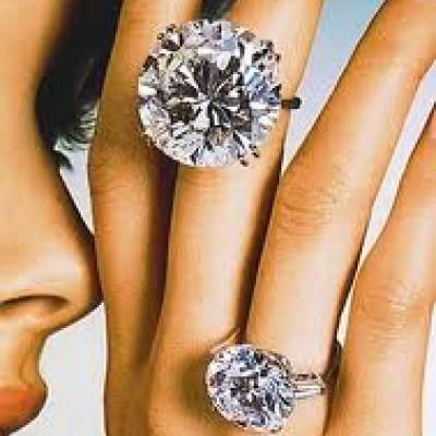 10 Most Expensive and Beautiful Engagement Rings