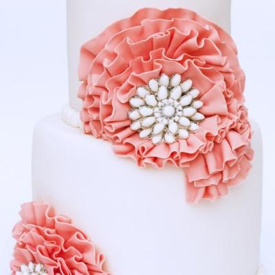 Round Wedding Cakes are Back