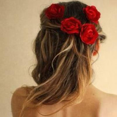 A Valentine's Day Touch to Your Bridal Hairstyle
