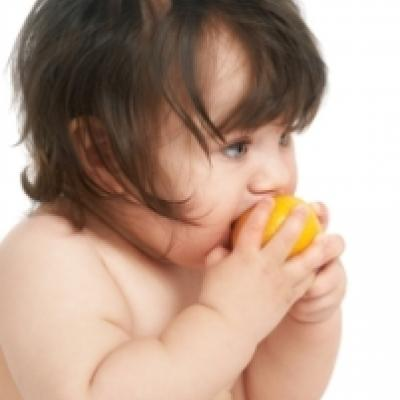 A Guide to Introducing Your Baby to Solid Foods