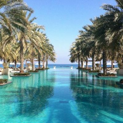 6 فنادق ذات برك سباحة مذهلة لرحلة شهر العسل