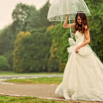 How to Embrace Rain on Your Wedding Day