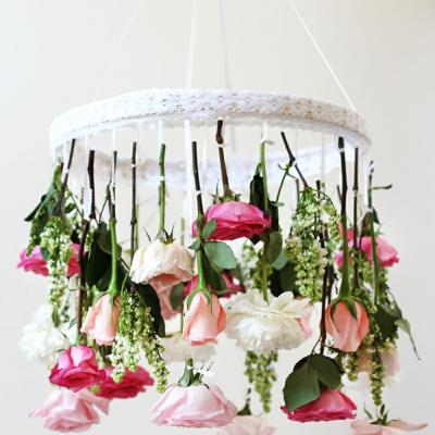 Hanging Centrepieces for a Unique Wedding