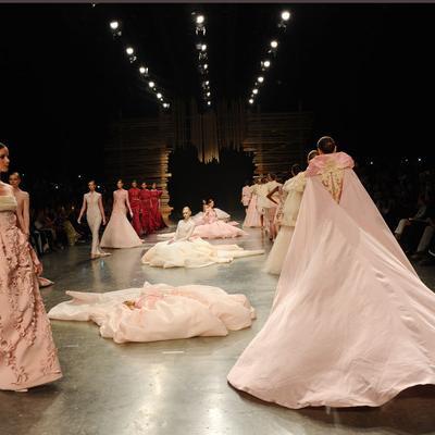 عرض أزياء إزرا يفتتح عروض فاشن فورورد دبي 2015