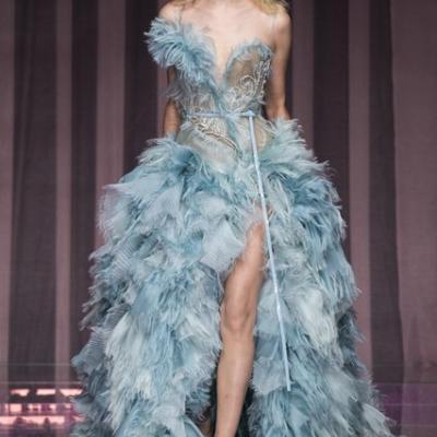 أسبوع الموضة في باريس 2015: مجموعة أزياء فيرساتشي لخريف وشتاء 2015