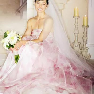 4 Celebrities Who Wore Colored Wedding Dresses
