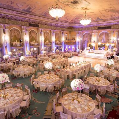 3 أفكار لتنظيم أماكن جلوس ضيوف حفل الزفاف