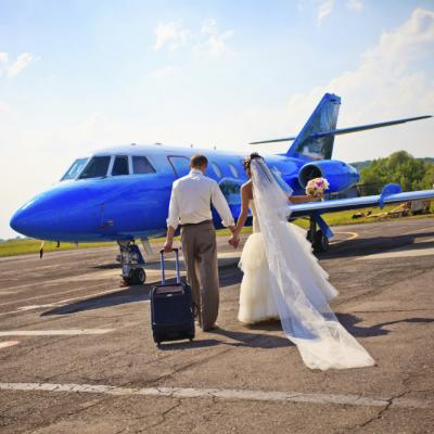 How to Easily Travel With Your Wedding Dress
