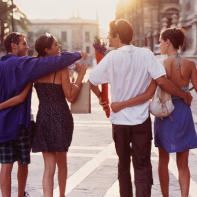 مقارنة علاقتك بعلاقات الآخرين قد يؤدي إلى فشل علاقتك