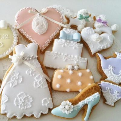 6 Beautiful Cookie Ideas For Your Wedding
