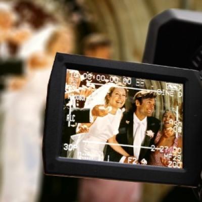 أهم الأسئلة التي عليك طرحها على مصور حفل الزفاف