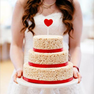 Wedding Cake Alternative: The Wedding Rice Krispie Cake