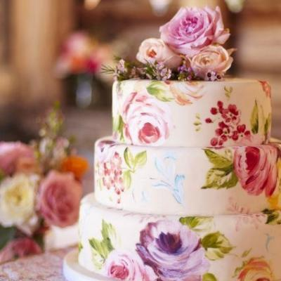 Stunning Floral Wedding Cakes Just in Time For Spring