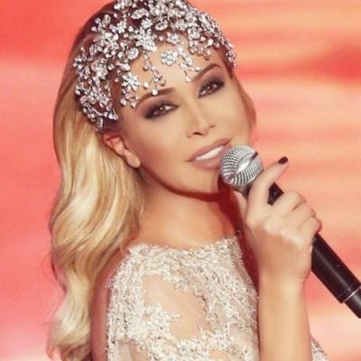 Bridal Hair Trend 2016: Sparkling Headbands