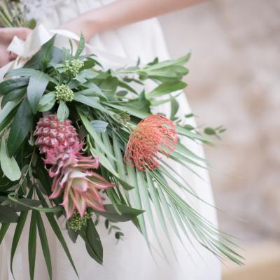 A Beautiful Desert Palm Wedding Theme