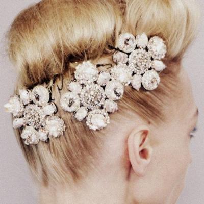The Trendiest Bridal Hair Accessories in 2017