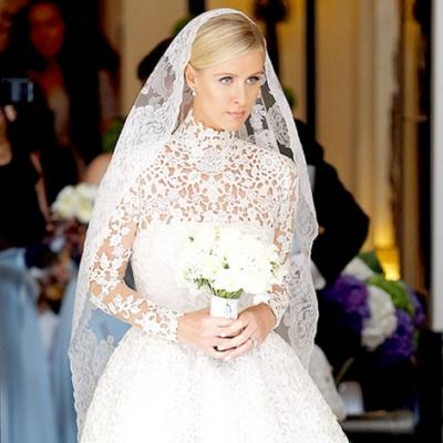 5 Timeless Veils Worn by Celebrities and Royals