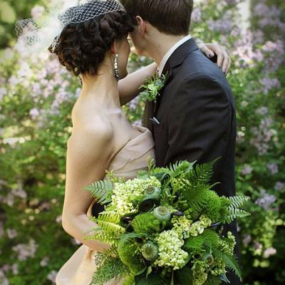 13 Fresh Greenery Wedding Bouquets