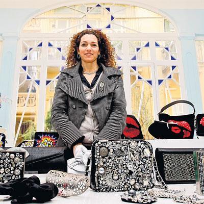 مقابلة مع مصممة الحقائب اللبنانية سارة بيضون