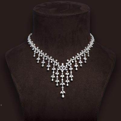 3 مجوهرات مرصعة بالألماس لشهر أبريل من مجوهرات سوليتير