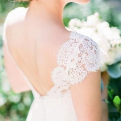 Feminine Wedding Dresses with Cap Sleeves