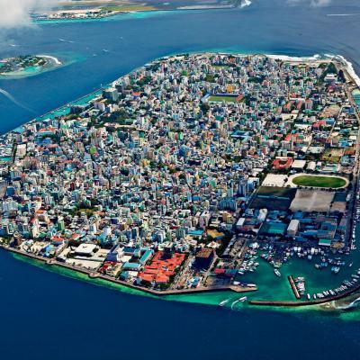 وجهة شهر العسل الساحرة: جزيرة ماليه عاصمة المالديف