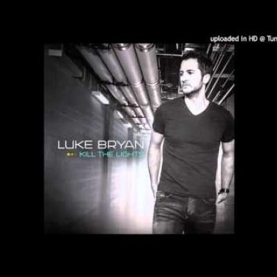 Embedded thumbnail for Luke Bryan - To The Moon And Back
