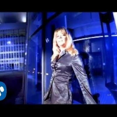 Embedded thumbnail for LeAnn Rimes - How do i Live Without you