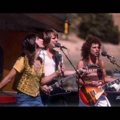 Embedded thumbnail for Journey - Don't Stop Believin