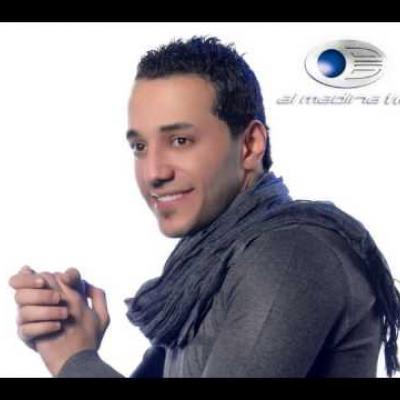 Embedded thumbnail for حسين الديك - لما بضمك ع صديري