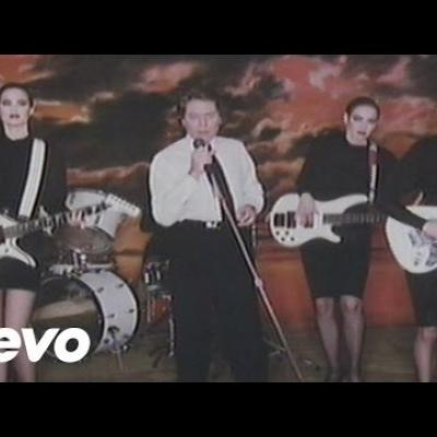 Embedded thumbnail for Robert Palmer - Addicted To Love