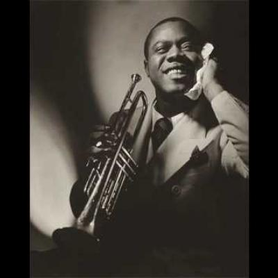 Embedded thumbnail for Louis Armstrong - A Kiss to Build a Dream On