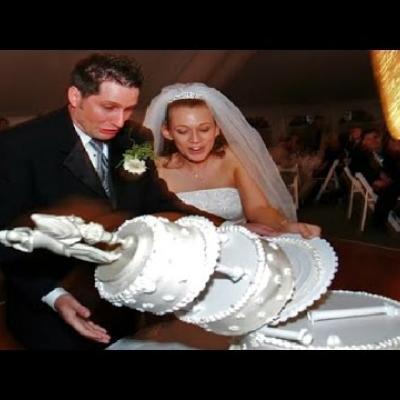 Embedded thumbnail for 10 Funniest Wedding FAILS