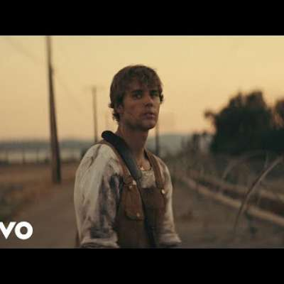 Embedded thumbnail for Justin Bieber - Holy