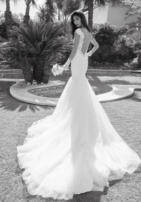 Alessandra Rinaudo's 2018 bridal collection 12