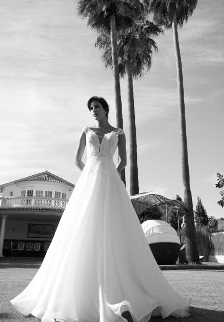 Alessandra Rinaudo's 2018 bridal collection 21