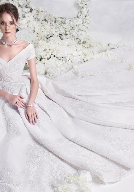 The 2018 Wedding Dress Collection by Rami Al Ali
