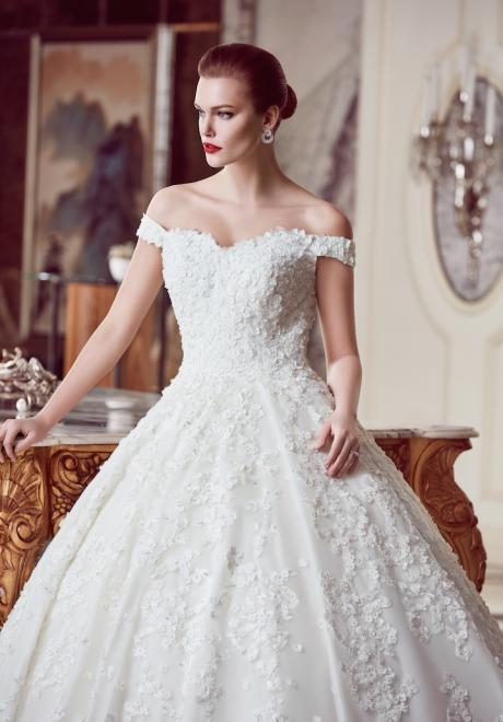 The 2018 Wedding Dresses by Ebru Sanci 13