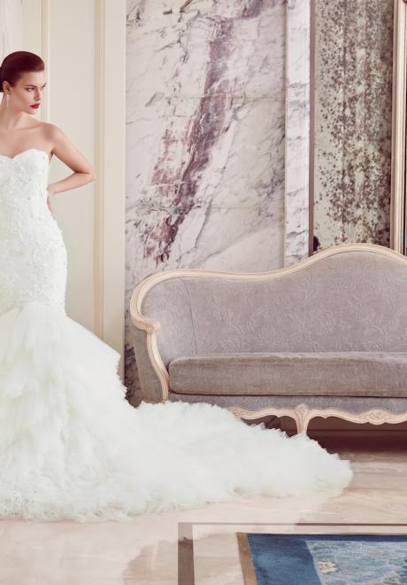 The 2018 Wedding Dresses by Ebru Sanci 17