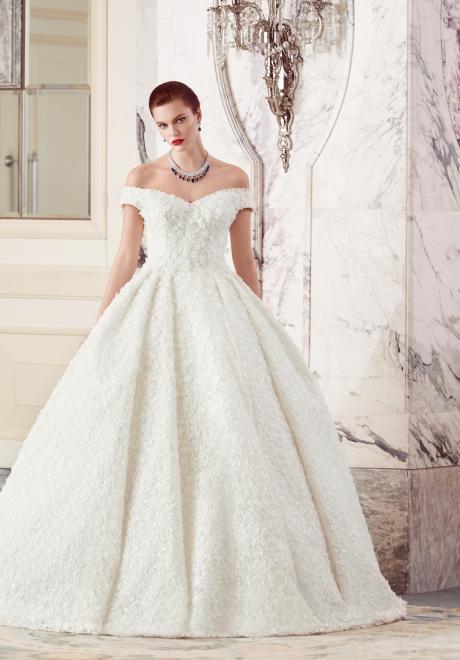 The 2018 Wedding Dresses by Ebru Sanci  22